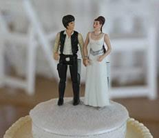 wars wedding cake topper hans and princess leia wedding cake topper omg don t