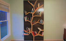 how to make a tree bookshelf diy project cut the wood