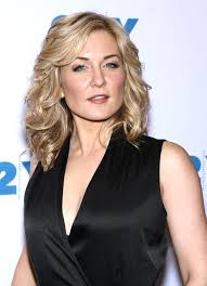 pictures of amy carlson hairstyle carlson blue bloods 150th episode celebration in nyc 3 27