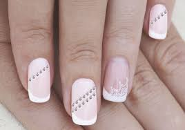 19 dazzling nail design ideas with rhinestones