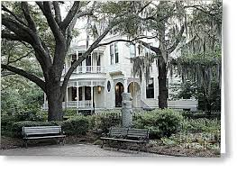 charleston south carolina historical victorian mansion