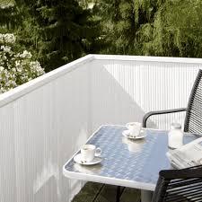 balkon abdeckung balkon sichtschutz aus bambus praktische und originelle idee
