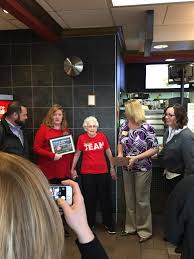 44 years old mcdonald u0027s employee celebrates 44 years of work at 94 years old