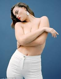 Calvin Klein S Plus Size Model Sparks Controversy - size 10 calvin klein model myla dalbesio on why she isn t fat or