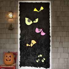 spooky decorations 19 hauntingly awesome door decorating ideas spaceships