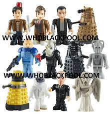 build a doctor doctor who series 4 character build figure bronze gold dalek