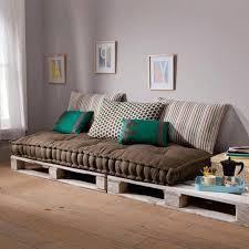 canapé avec palette fabriquer un canape avec matelas comment en palette modele faire 2