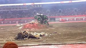 monster jam monster trucks grave digger youtube