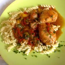 poulet cuisiné pilons de poulet cuisiné façon basquaise recette de pilons de