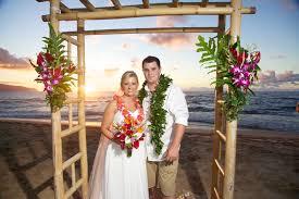 Bamboo Wedding Arch Decorations Hawaiian Barefoot Weddings Hawaiian Barefoot Weddings