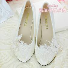 wedding shoes low heel pumps handmade ivory pearl lace wedding shoes butterfly flat 4 5cm