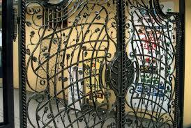 weinregal gusseisen weinregale schmiedeeisen profil kunstschmiede werkstatt