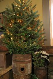 best 25 primitive christmas tree ideas on pinterest country