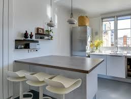 image ilot de cuisine cuisine moderne avec îlot en épi modèle harmonie