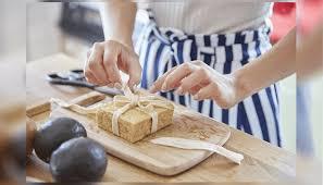 cuisiner avec ce que l on a dans le frigo tadaku comment partager une soirée et cuisiner avec des japonais