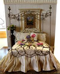 Rod Iron Canopy Bed by Idyllic Royal Single Bed Canopy With Shabby Chic Bedding With