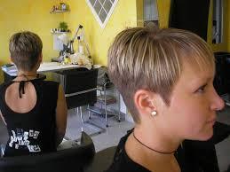 neckline photo of women wth shrt hair hairxstatic crops pixies gallery 9 of 9