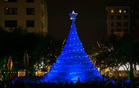 sand sculpture tree lighting in west palm