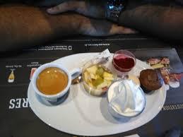 Toujours Un Délice Hamburger Chichen Coupe Toblerone Le Bureau Clermont Ferrand
