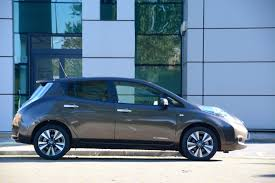 nissan leaf youtube review nissan leaf 30kwh review greencarguide co uk