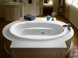 Bathtub Jacuzzi Faucet Com J3d7242wlr1xxw In White By Jacuzzi