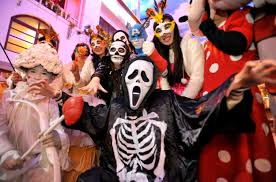 halloween costumes banned on beijing subway by china police nbc news