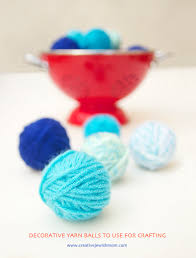 make mini decorative yarn balls to use instead of pom poms