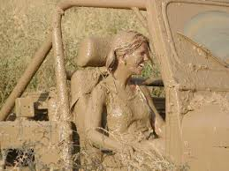 muddy jeep girls muddy award vote for the muddiest picture thewebawards com