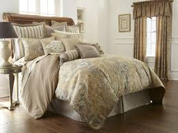 Gold Quilted Bedspread Bedroom Luxury Bedding Sets King Width King Size Bed Nailhead