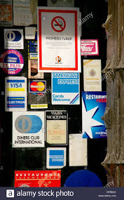 córdoba spain credit cards and banning smoking in the entrance of
