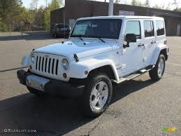 2011 Wrangler 2011 Bright White Jeep Wrangler Unlimited Sahara 4x4 47351055