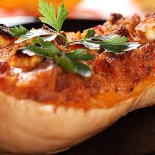 tarte d automne à la courge butternut et au roquefort grazia
