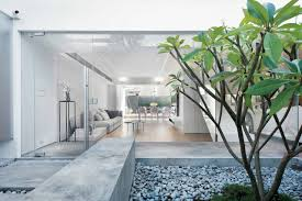 Modern Minimalist House Design with an Admirable Decorating Ideas