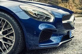 blue mercedes the new rivalry 2016 mercedes amg gt s vs 2015 porsche 911 gts