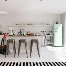 retro kitchen design 25 best ideas about retro kitchen decor on