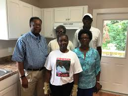 famil georgetown family gets new home following 2015 floods south