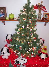 snoopy tree koogle s korner snoopy tree