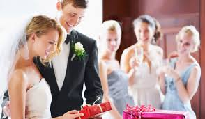 How Much Should You Spend On A Wedding Gift This Is How Much Irish Women Think We Should Spend On Wedding Gifts
