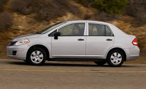 nissan tiida sedan interior 2009 nissan versa 1 6 sedan short take road test reviews car