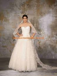tã rkisches brautkleid the 25 best ideas about brautjungfer türkische hochzeit on