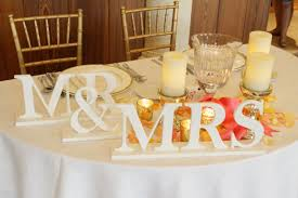 mr mrs sign for wedding table top table seating arrangements