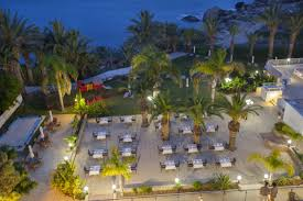 wining u0026 dining queen u0027s bay hotel paphos cyprus