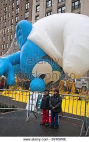 macys thanksgiving day parade balloon stock photos macys