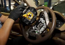 takata recall lexus models automakers still installing defective takata airbags in cars