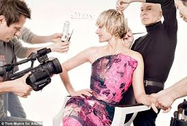 short hair cut pictures for hairstylist amber valletta cuts her hair into drastic pixie style daily mail