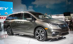 Honda Odyssey Interior 2018 Honda Odyssey Photos And Info U2013 News U2013 Car And Driver