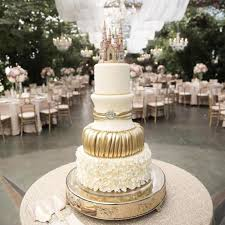 best wedding cakes faux wedding cakes why you ll want to use wedding cakes for