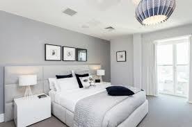 chambre blanche et grise chambre a coucher blanc design chambre a coucher noir et blanc