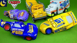 disney cars 3 toys race u0026 reck fabulous lightning mcqueen cruz