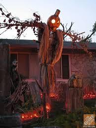 Homemade Halloween Decorations Outdoor Scary by Best 25 Halloween Yard Displays Ideas On Pinterest Sleepy